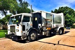 First split body trash/recycle truck used for a City in Kansas!